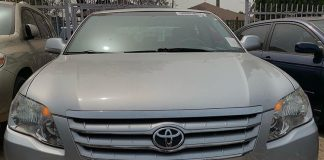 Key-less Toyota Avalon Limited Edition Swift Deal